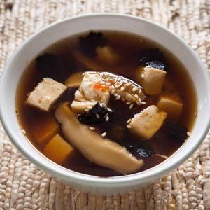 Miso sriuba su shiitake ir tofu